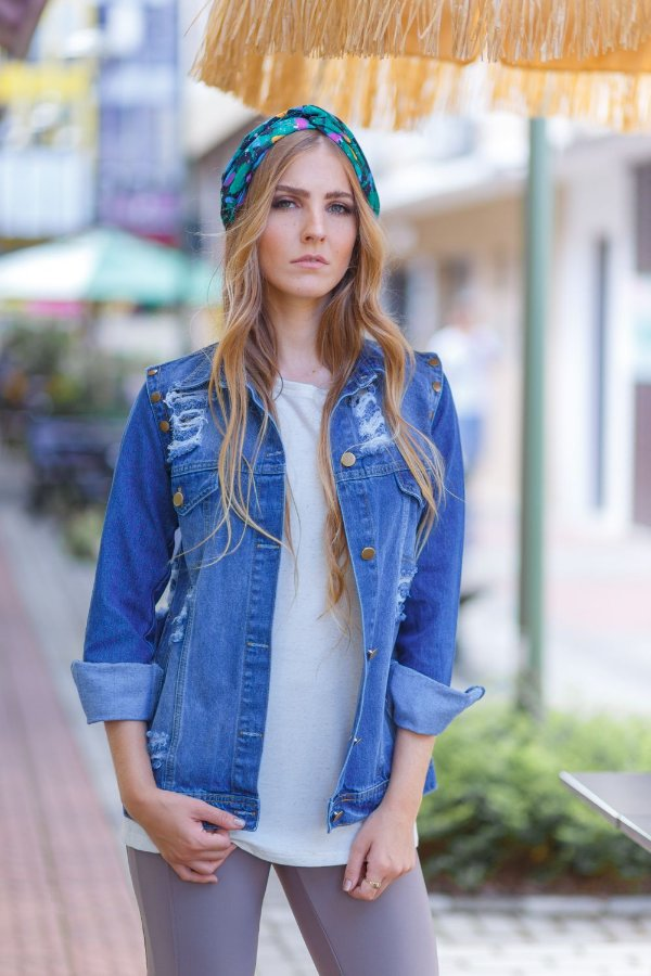 colete e jaqueta jeans destroyed azul escuro Coleteria