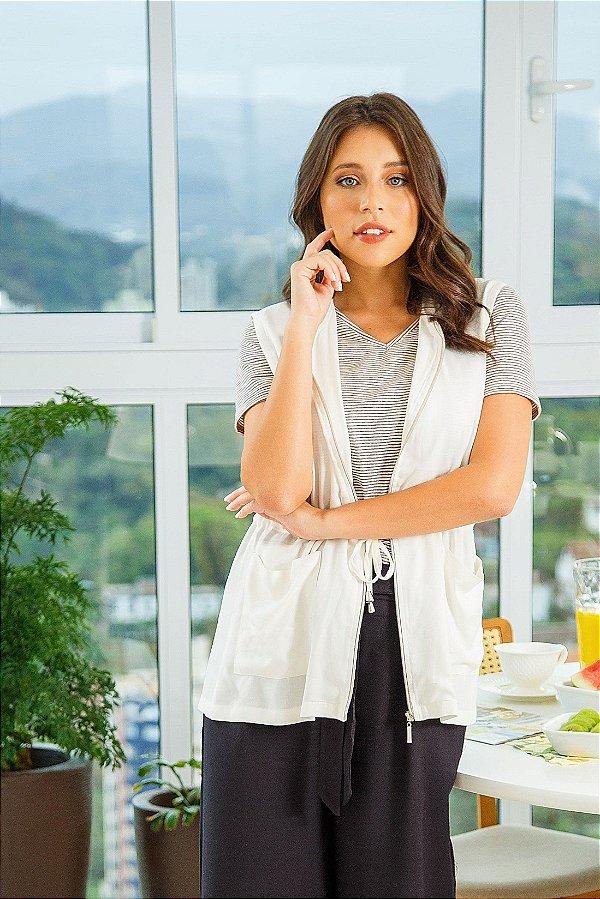 Camiseta básica decote V listrada| t-shirt básica| Coleteria