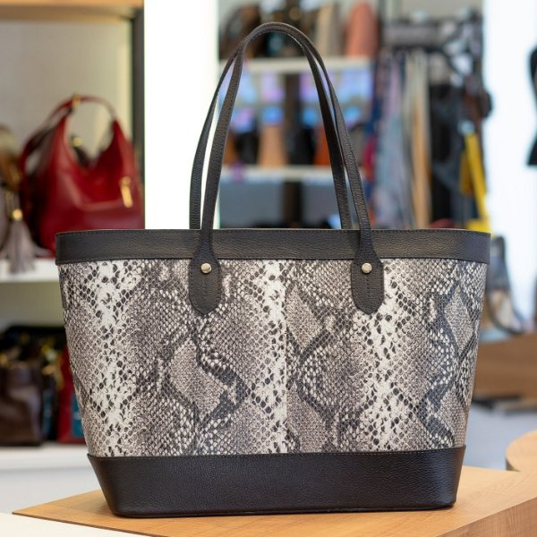 Bolsa Shopping bag de couro Martha preto cobra