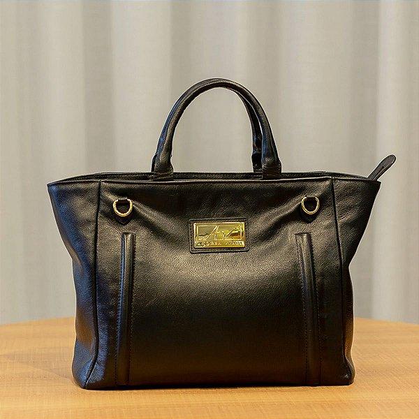 9634fc21ad Bolsa de mão em couro legítimo Melanie preta - Enluaze