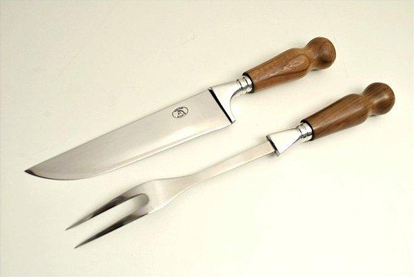 Conjunto garfo e faca com cabo em aço inox em madeira