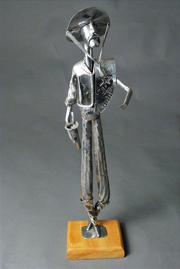 Escultura Gaúcho em aço inox e solda