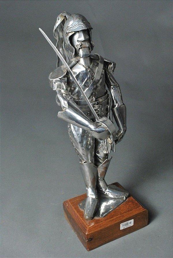 Escultura Soldado Inglês em inox e solda