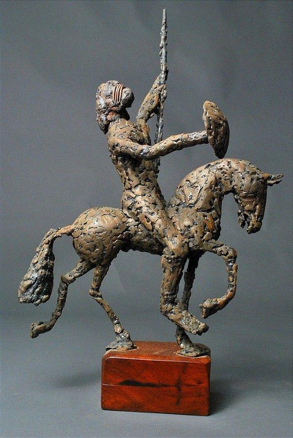 Escultura Guerreio a cavalo em solda de Cobre
