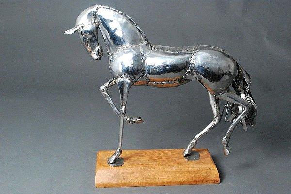 Escultura Cavalo em inox solda elétrica