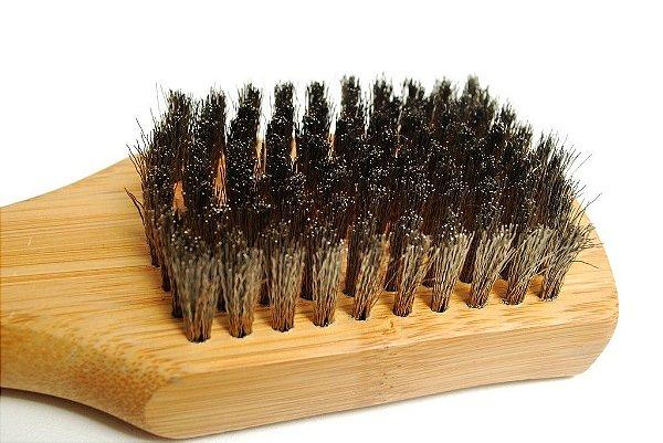 Escova de aço e cabo em bambu para grelhados Weber