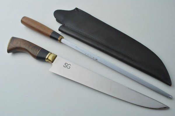 Conjunto de faca e chaira  SG