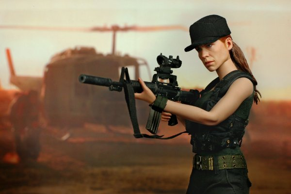 Sarah Connor Exterminador do Futuro 2 Movie Masterpieces Hot Toys Original