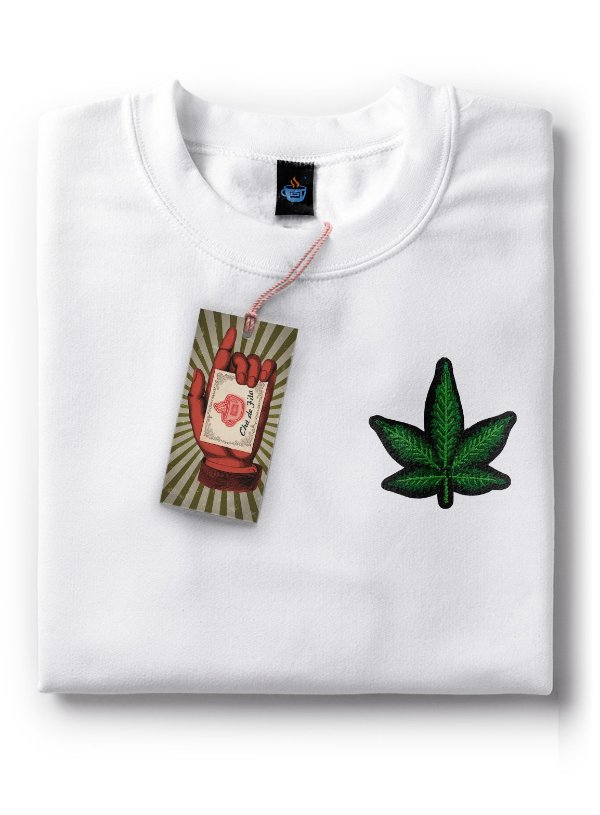 Camiseta Bordada Cannabis