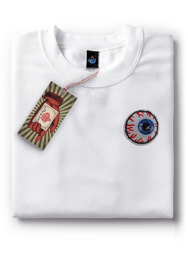 Camiseta Olhos Vermelhos
