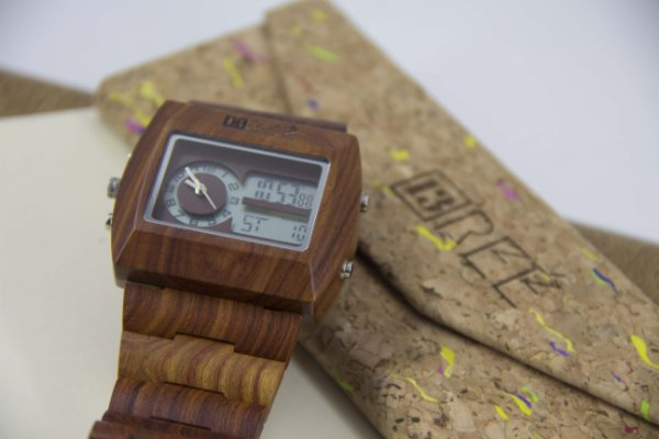 Wooden Watch Box Digital