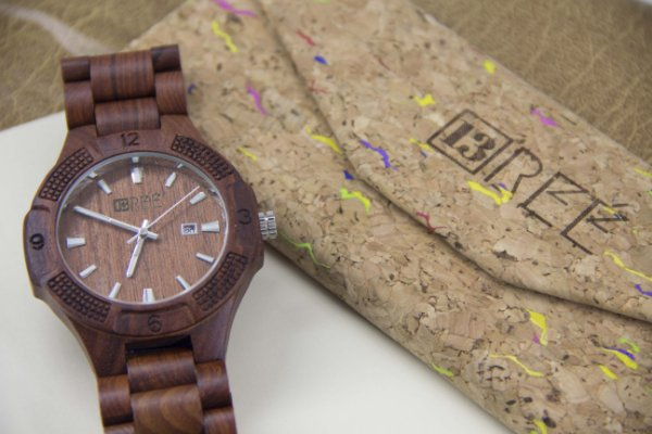 Wooden Watch Wine
