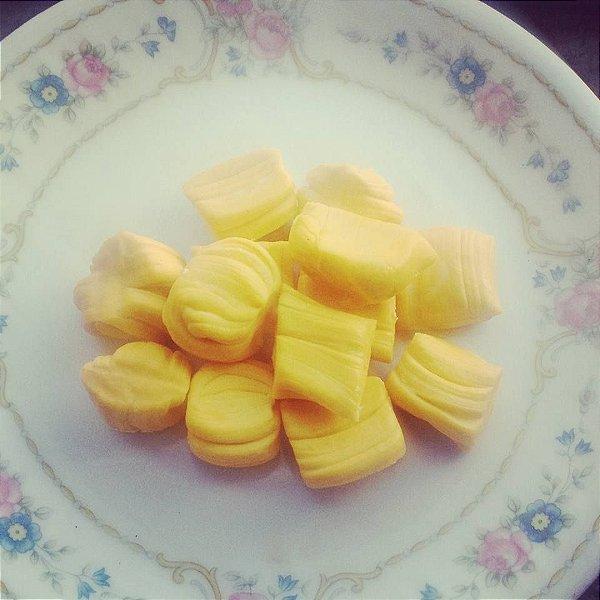 Tradicional amarelo manteiga