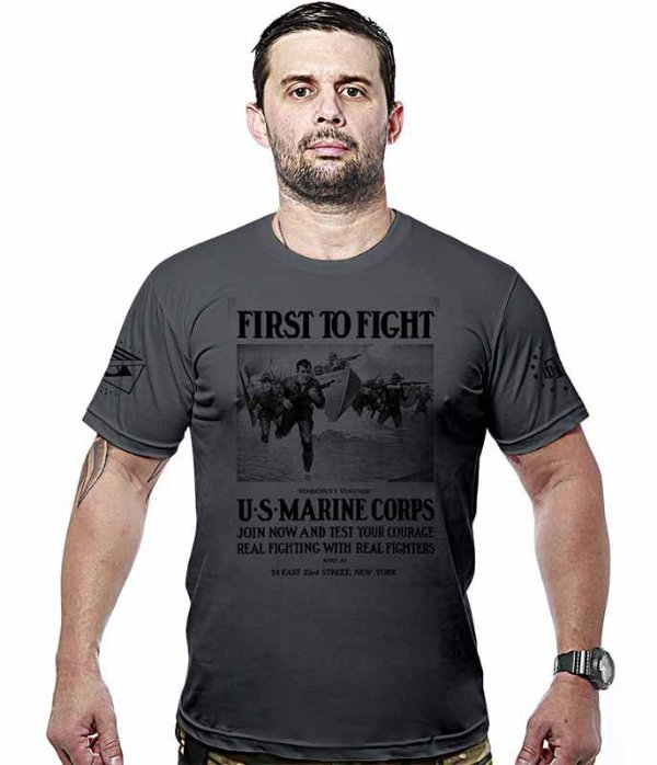 Camiseta Militar Marine Corps First To Fight Hurricane Line