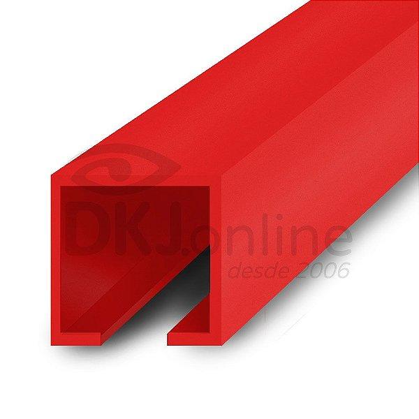 Perfil plástico trilho 12x12 mm abertura de 2 mm em PS (poliestireno) vermelho barra 3 metros