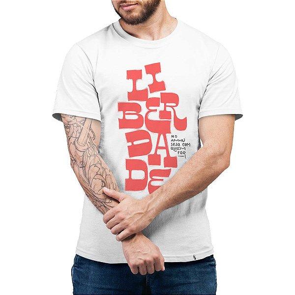 Liberdade No Amor Seja Com Quem For - Camiseta Basicona Unissex