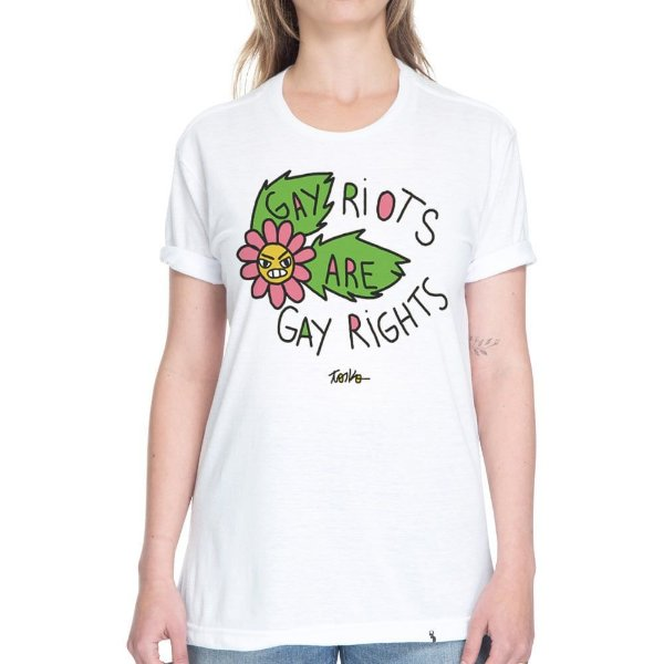 Gay Riots Are Gay Rights - Camiseta Basicona Unissex