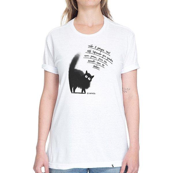 Não é porque você está sofrendo - Camiseta Basicona Unissex