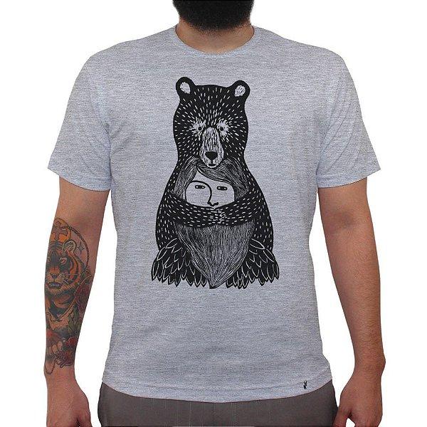 Abraço de Urso - Camiseta Clássica Masculina