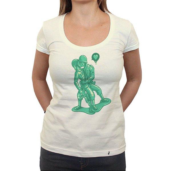 Beyjo - Camiseta Clássica Feminina