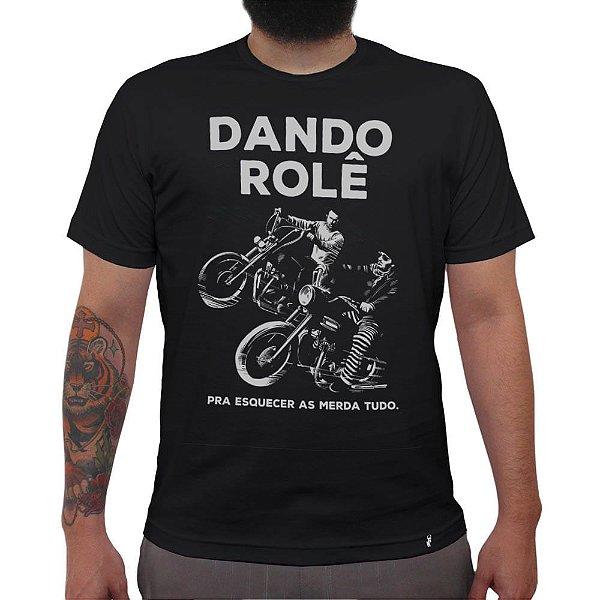 Dando Rolê - Camiseta Clássica Masculina