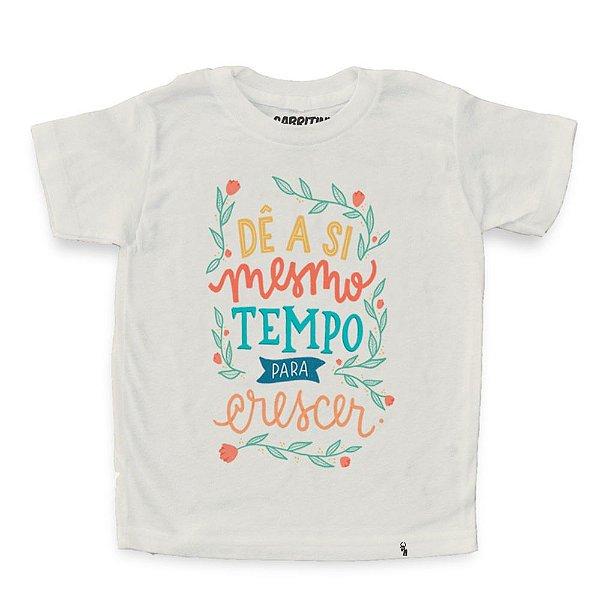 Dê a Si Mesmo Tempo Para Crescer - Camiseta Clássica Infantil