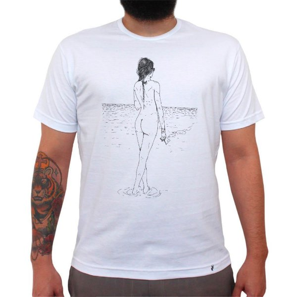 Fumando na Praia - Camiseta Clássica Masculina