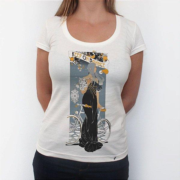 Keep On Balance - Camiseta Clássica Feminina