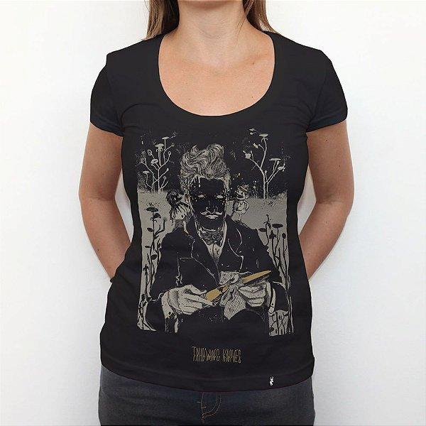 Mr. Knieves - Camiseta Clássica Feminina