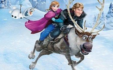 Decoração Frozen para festa infantil com fundo em neve