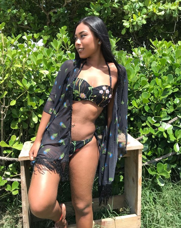 Kimono de penas preto  - Nath