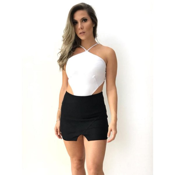 Short/saia - Laura