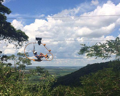 Superbike: pedalando a 70 metros de altura com uma vista incrível! (BROTAS/SP)