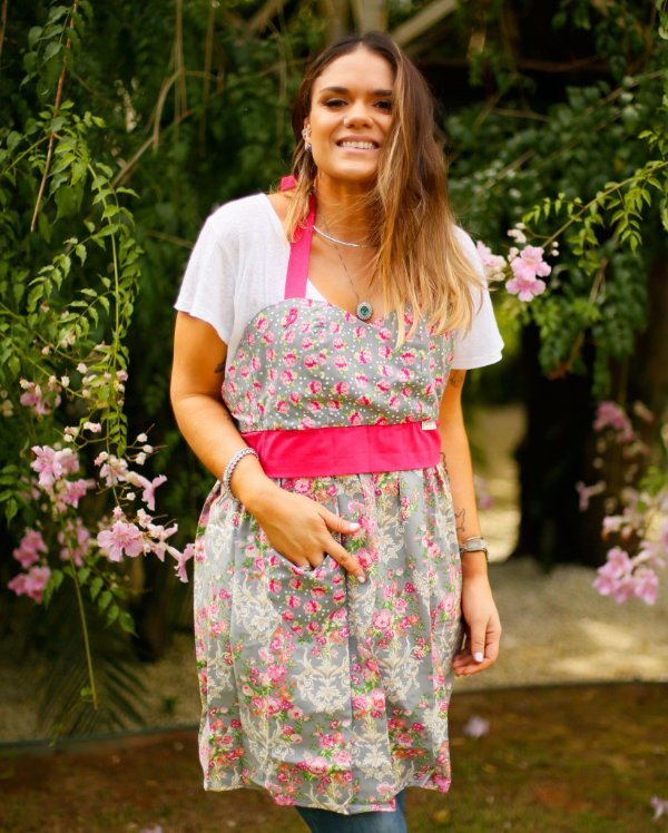 Avental Juliette Cinza Rosas Pink