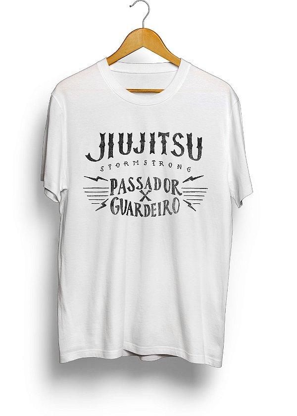 Camiseta HM Pass x Guard Jiu-Jitsu Branca