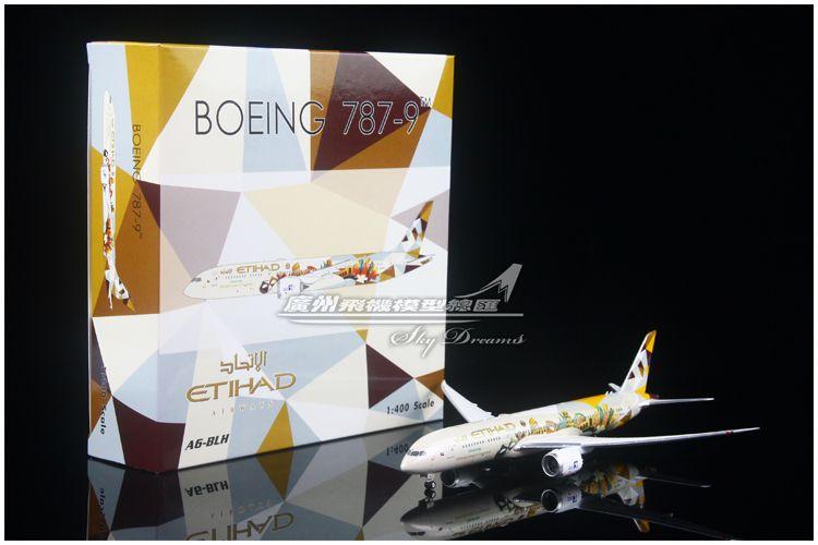 """Phoenix 1:400 Etihad Airways Boeing B 787-9 """"Choose Italy"""""""