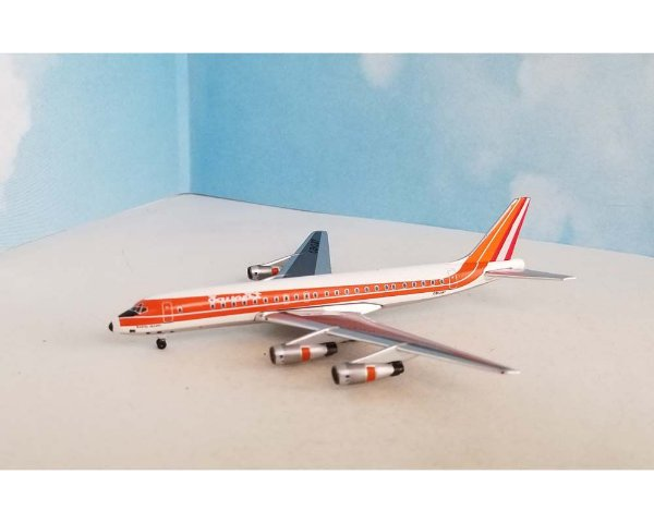 PRÉ-VENDA - Aeroclassics 1:400 Faucett Peru Douglas DC-8-51 'Santa Isabel'