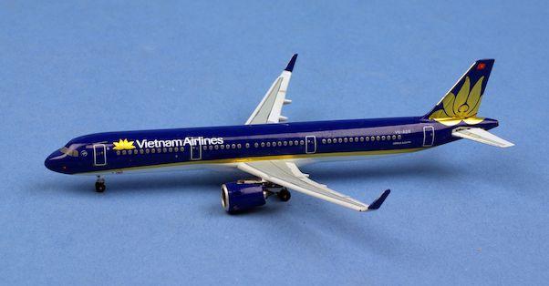 Aeroclassics 1:400 Vietnam Airlines Airbus A321neo