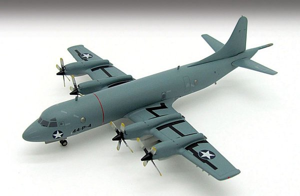 Inflight200 Us Navy Lockheed P-3c Orion