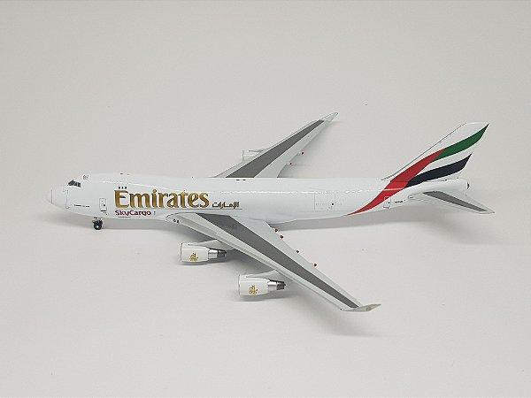 Witty Wings 1:400 Emirates SkyCargo Boeing 747-400F