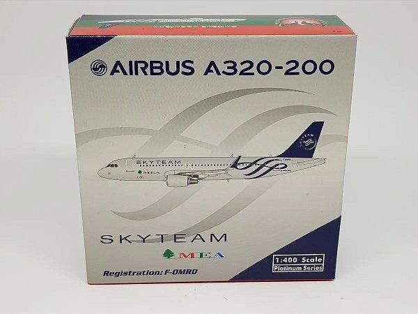 "Phoenix 1:400 MEA Airbus A320-200 ""Skyteam"""
