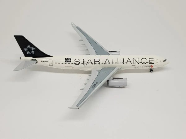 "Aeroclassics 1:400 Air China Airbus A330-200 ""Star Alliance"""