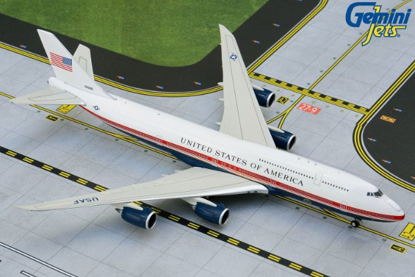 Gemini Jets 1:200 Air Force One Boeing 747-8i