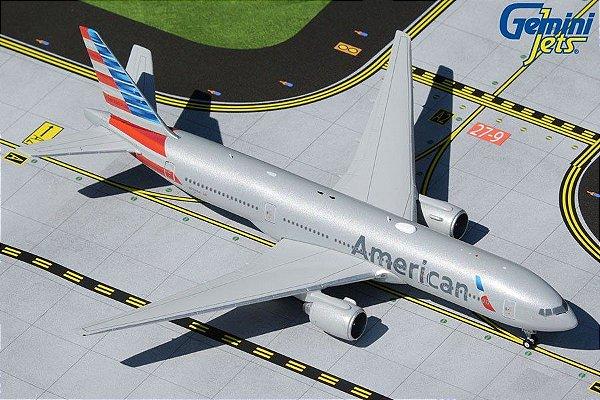 PRÉ- VENDA Gemini Jets 1:400 American Airlines Boeing 777-200ER