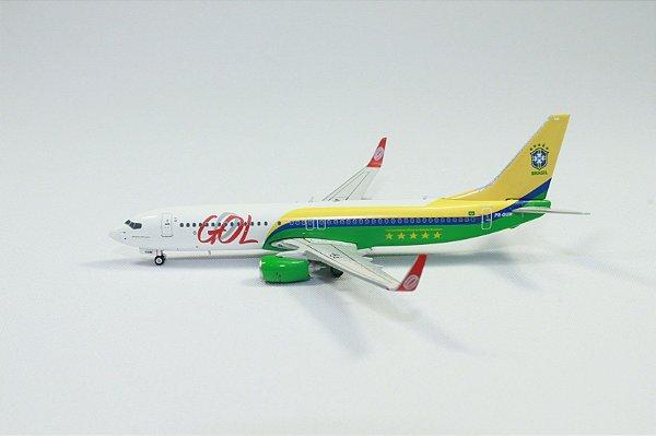 """Phoenix 1:400 GOL Boeing 737-800 """"Copa das Confederações 2013"""""""