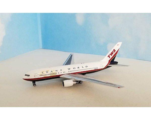 Aeroclassics 1:400 Trans World Airlines Boeing B 767-205ER