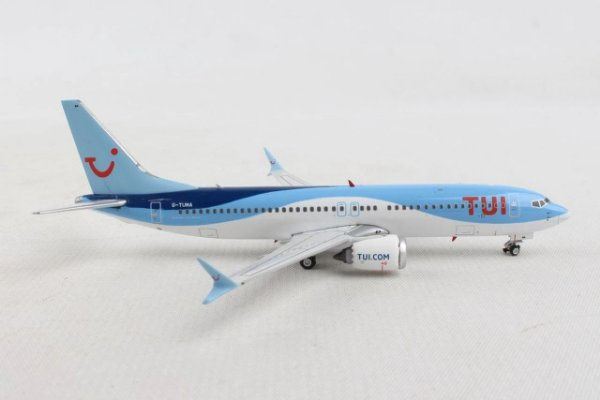 Phoenix 1:400 TUI Airways Boeing B 737-8MAX