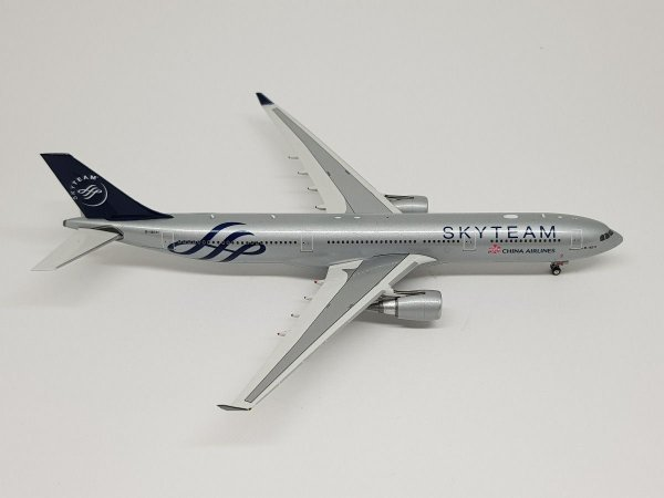"""Phoenix 1:400 China Airlines Airbus A330-300 """"Skyteam"""""""
