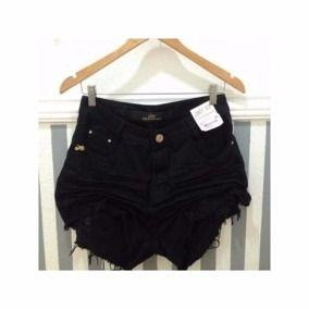 Shorts Preto Destroyed