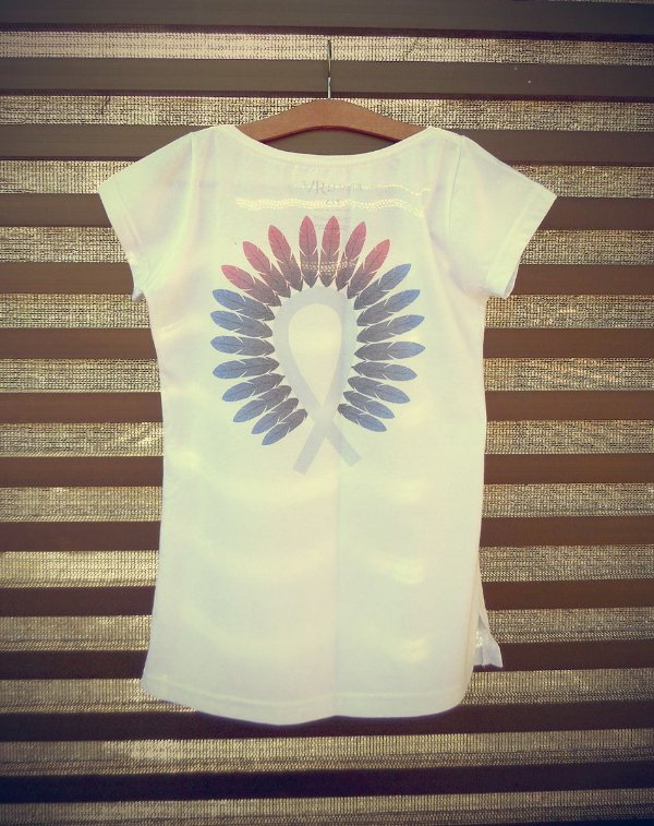 Camiseta Feminina com Estampa Indígena